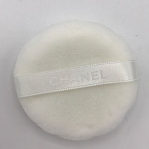 NewCHANEL POWDER PUFF